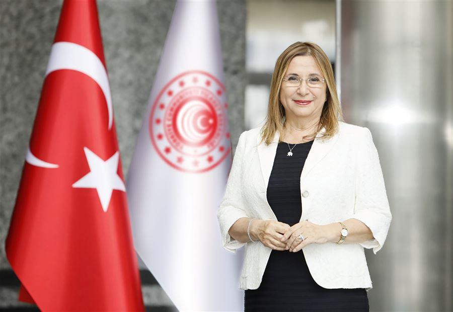 Ruhsar PEKCAN T.C.TİCARET BAKANI